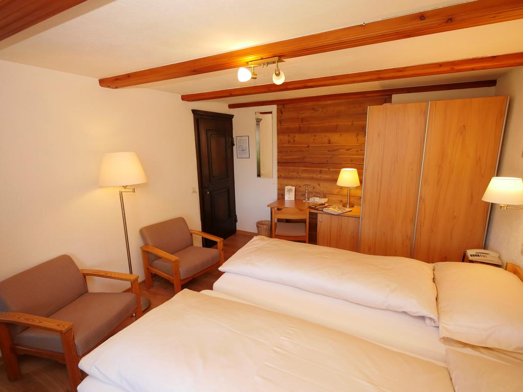 Hotel Alpenblick - rooms lookup 10