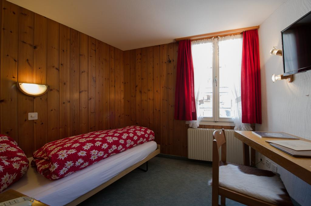 Hotel Alpenblick - rooms lookup 18