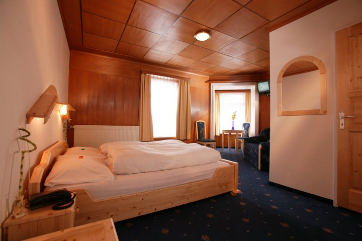 Sporthotel Samedan Team 3 Hotels AG - rooms lookup 3