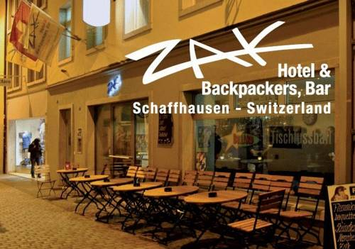 Hotel Bar & Backpackers ZAK - rooms lookup 2